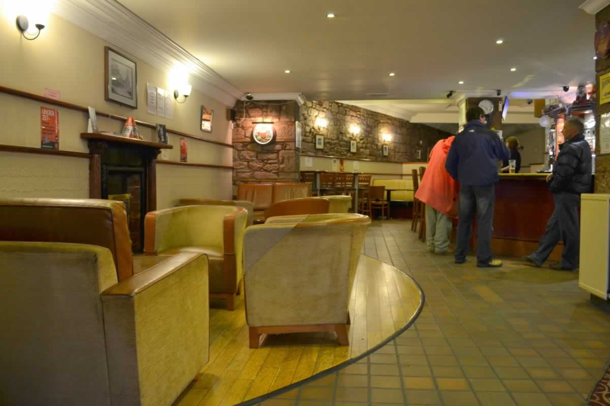 Relaxed atmosphere and family friendly